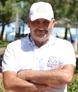 Muhtar Nazım | Delfin træner